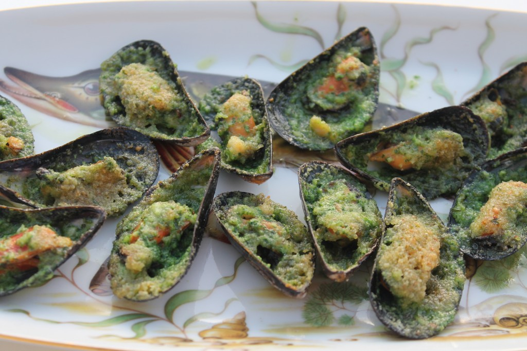 Mussells in Pernod Butter