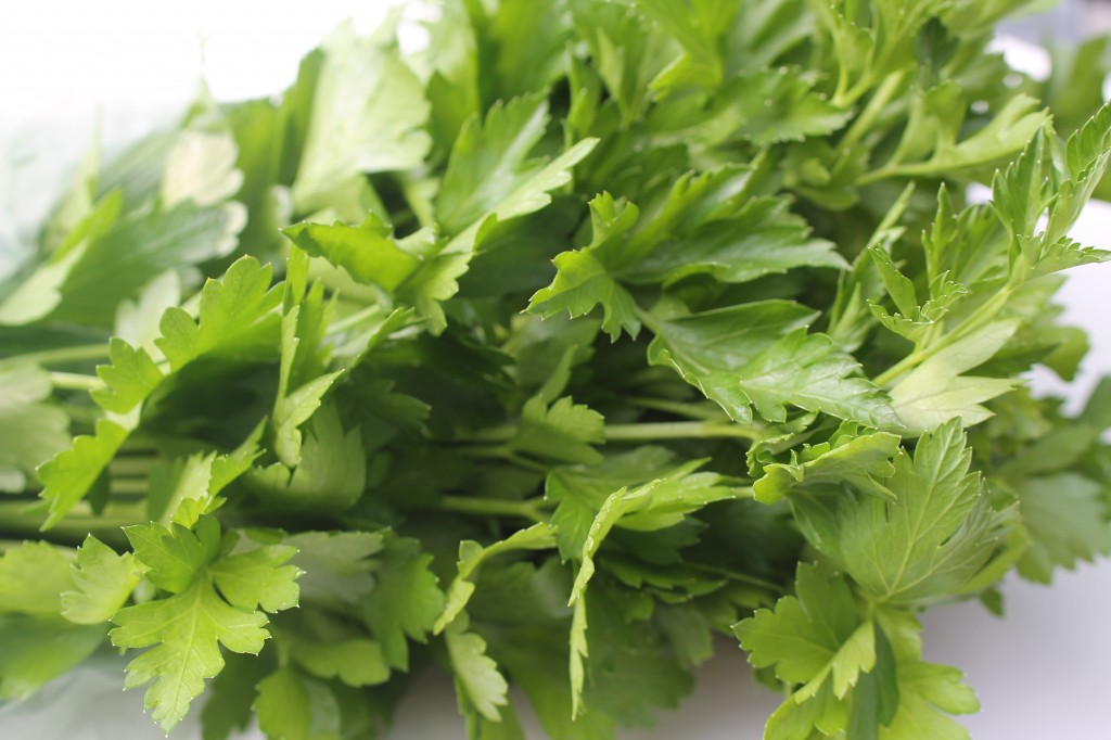 fresh parsley to be chopped