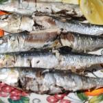 Grilled Sardines on Sea Salt with Lemon