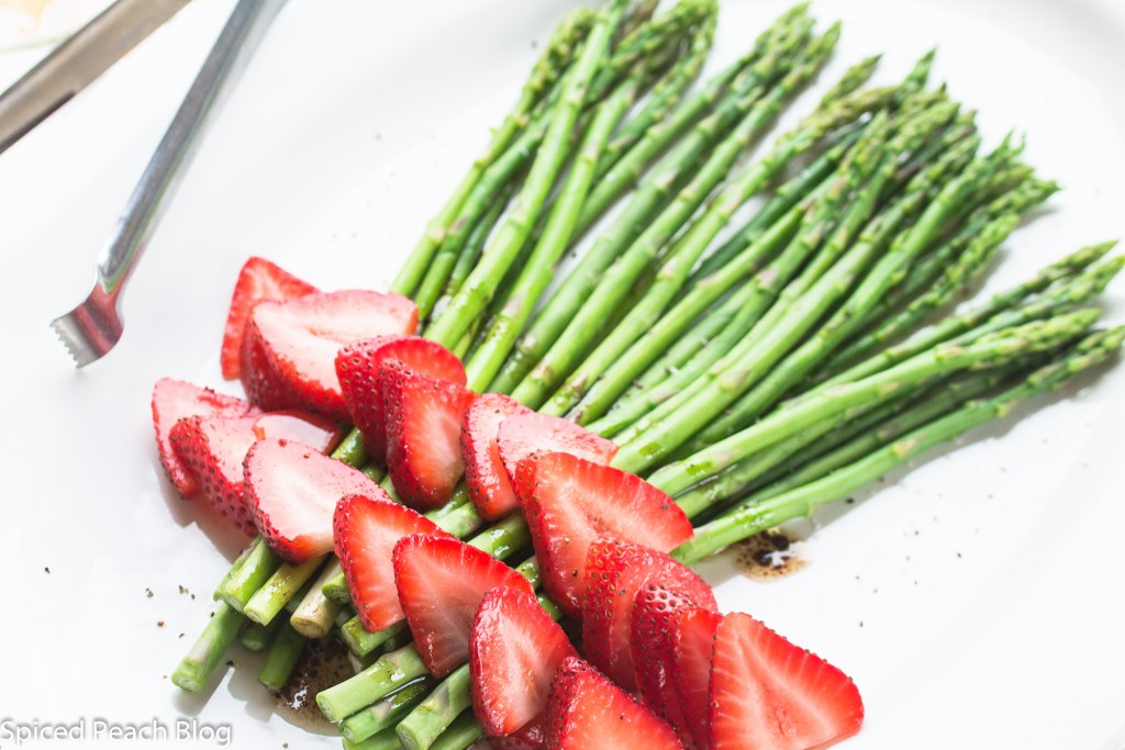 Asparagus and Strawbery Salad