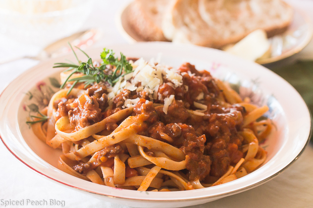 Pasta Bolognese Style